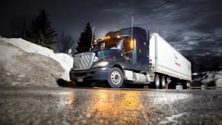 07fa2879 4b24 4189 9adf eab8f5661710 320x180 - 10tダンプ・トラックの積載量と重量を抑える、起きた説得力のある施工計画書の成果